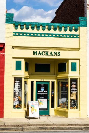 Mackans